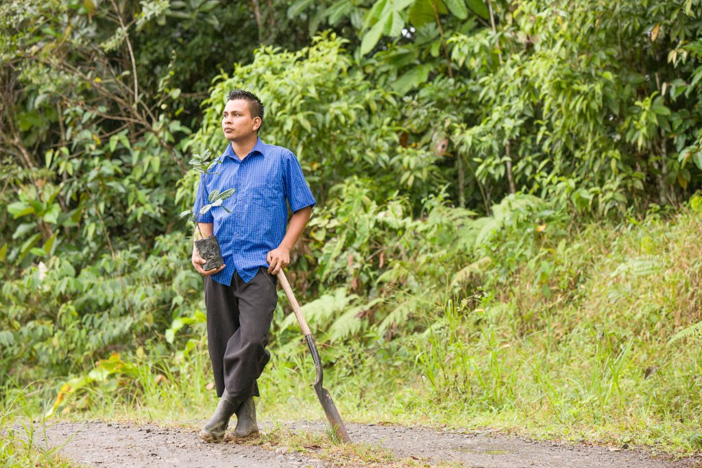 Walmer Estrada Reyes, Environmental tax to maintain forests in Costa Rica - If Not Us Then Who?